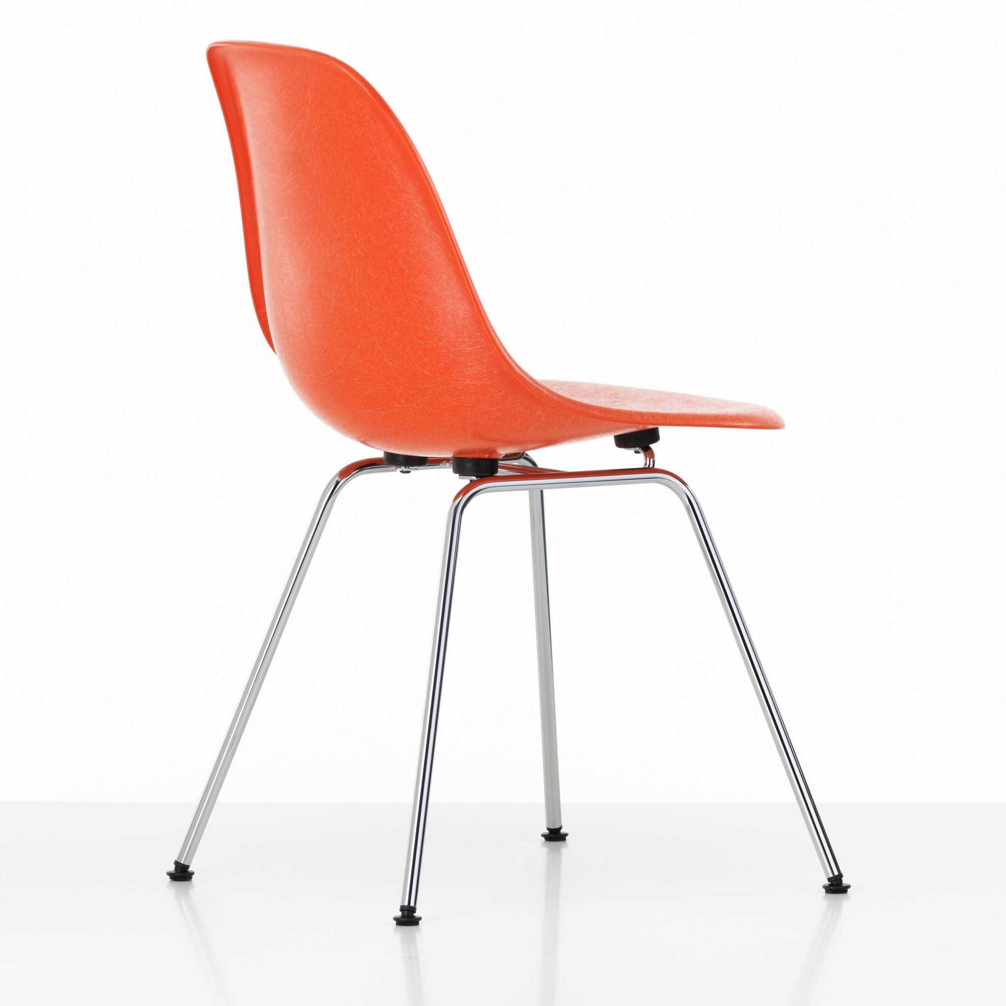 Eames Fiberglass Chair DSX by Vitra