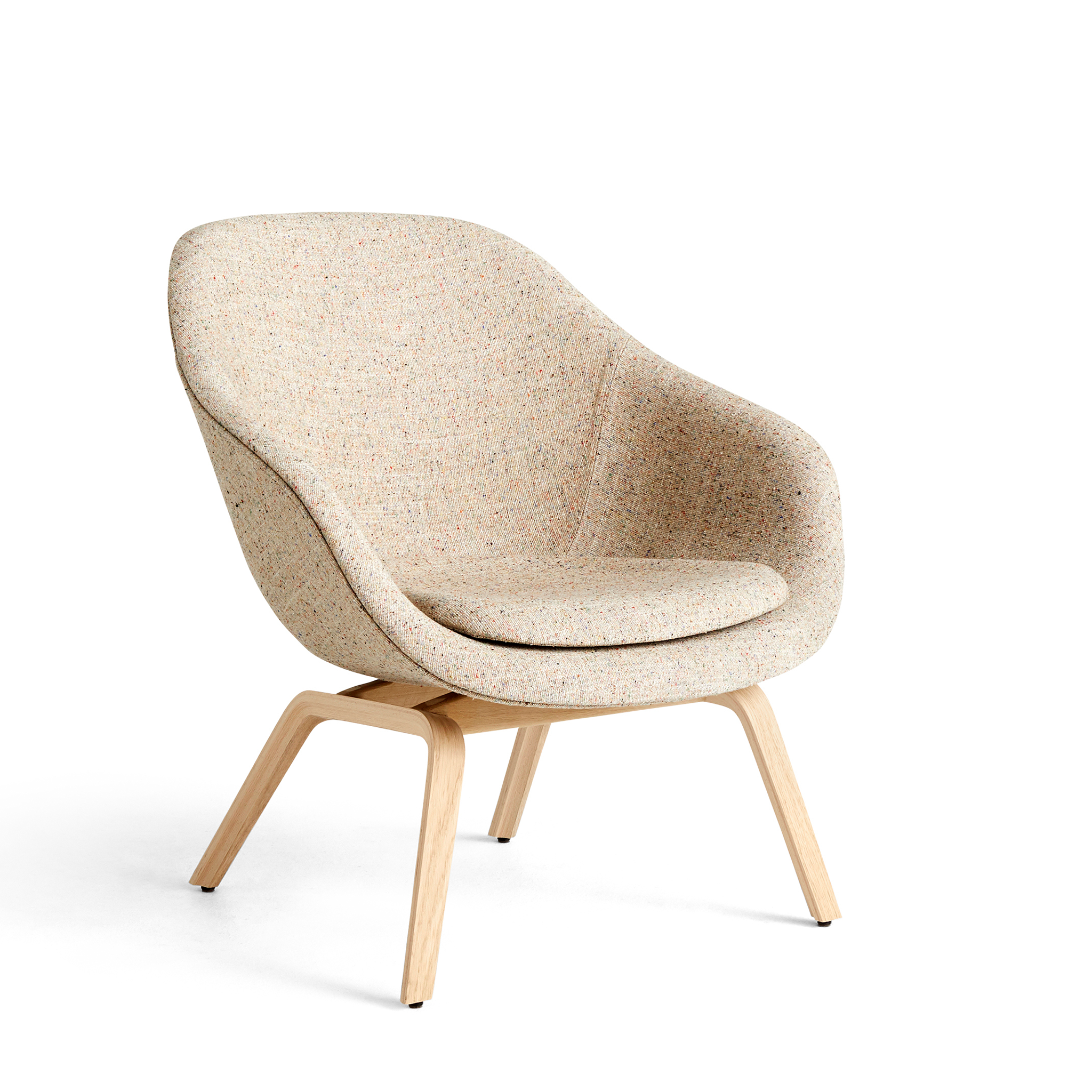 About a Lounge Chair AAL 83 by Hay