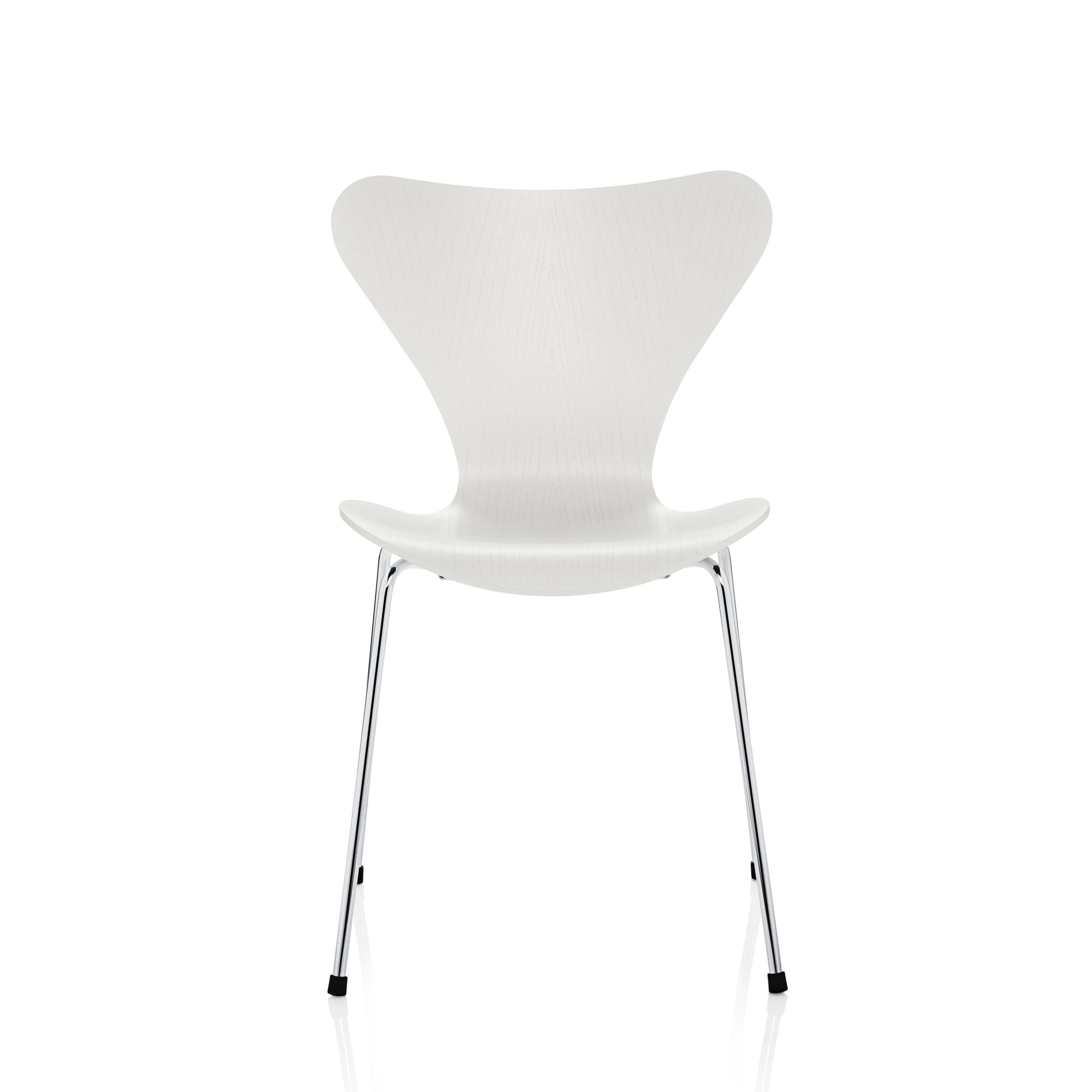 Series 7 Chair by Fritz Hansen