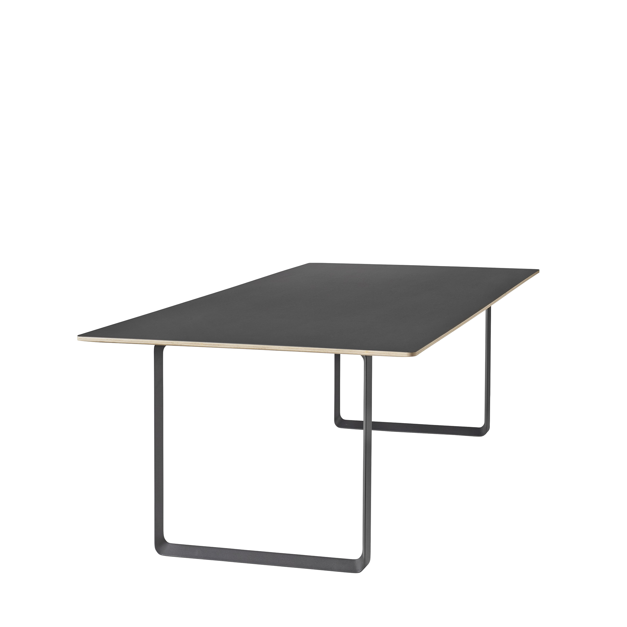 70/70 Table by Muuto