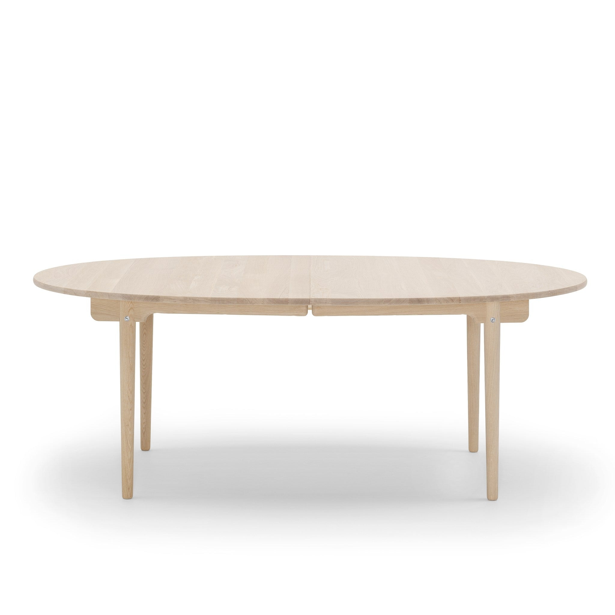 CH338 Table by Carl Hansen & Søn