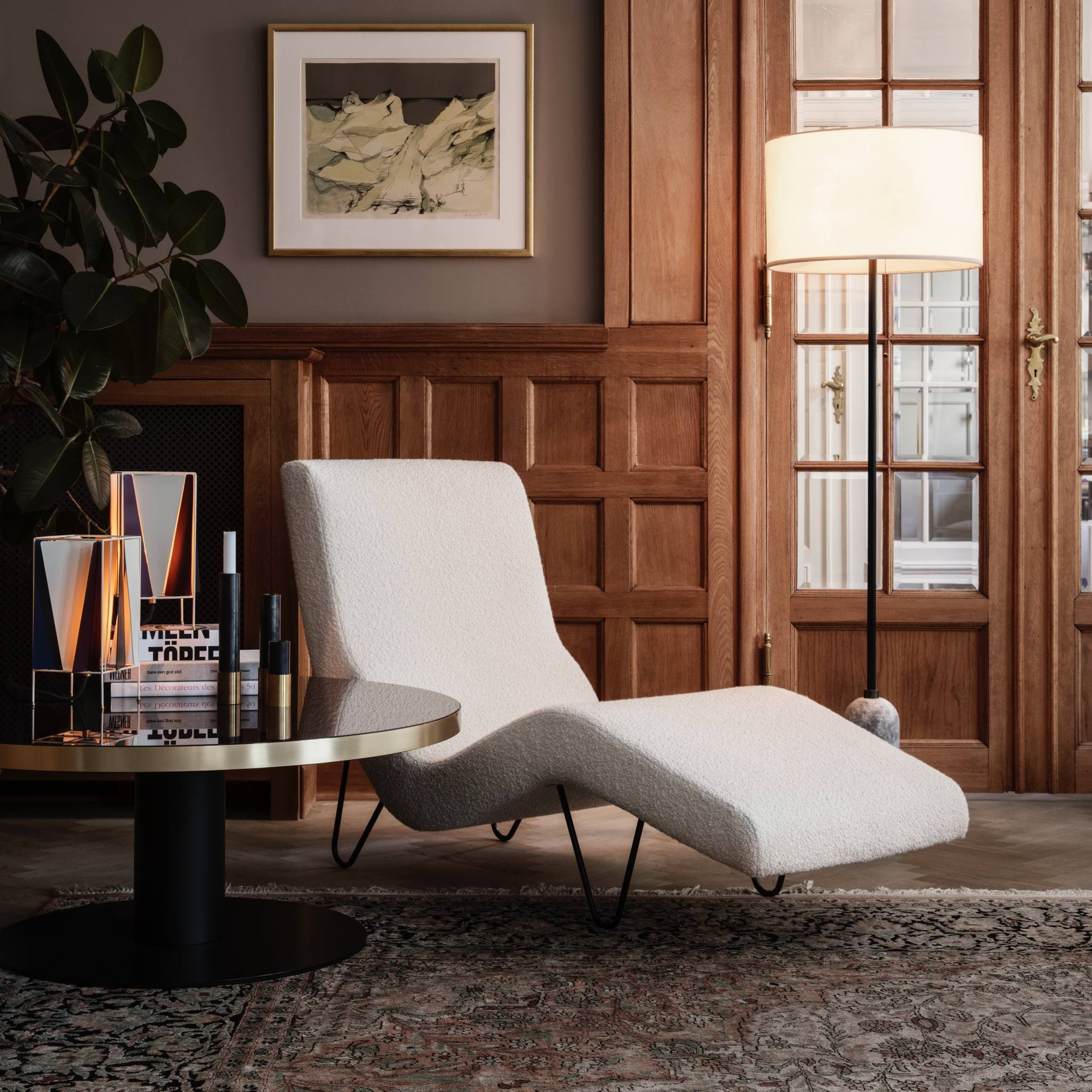 GMG Chaise Longue by Gubi