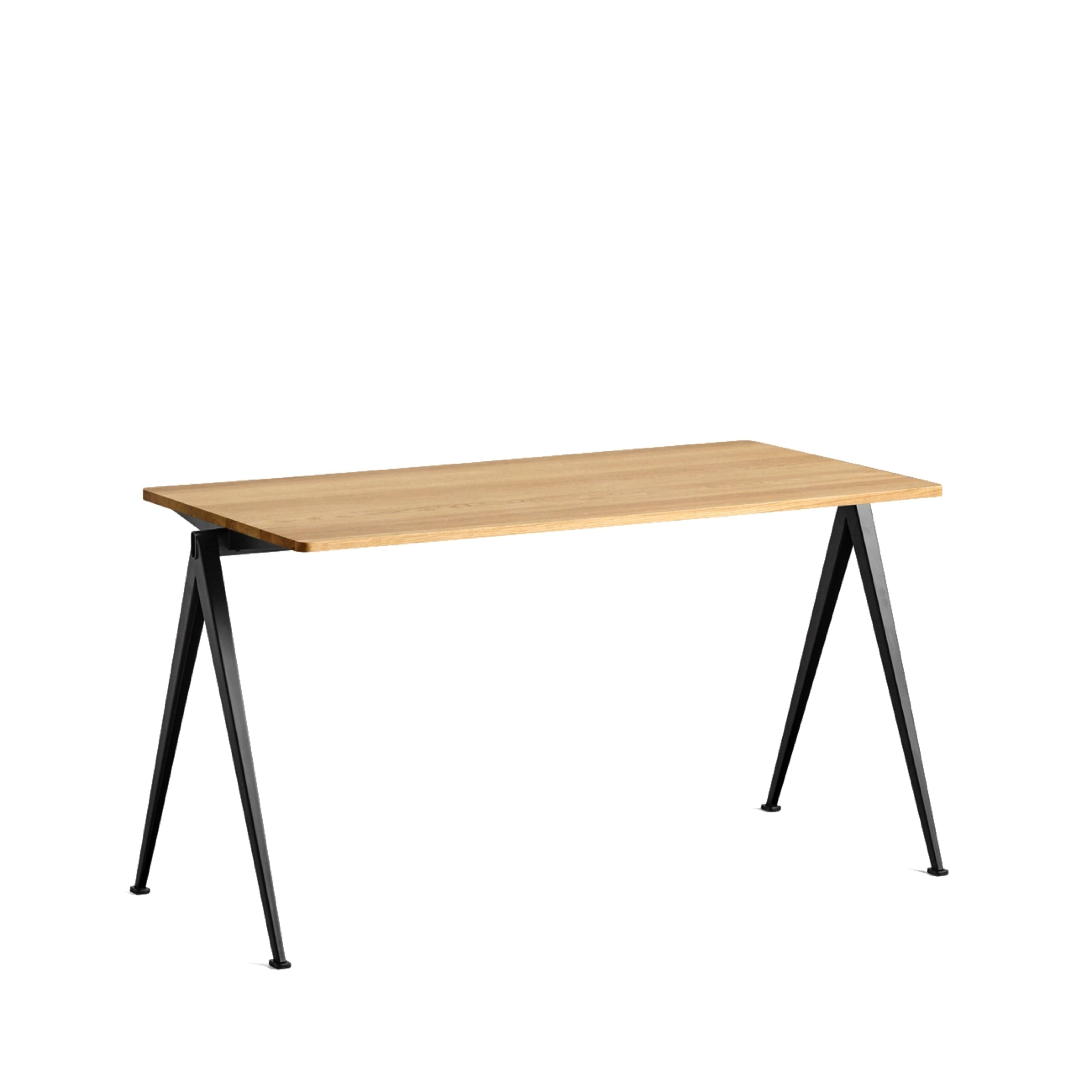 Pyramid Table 01 by Hay
