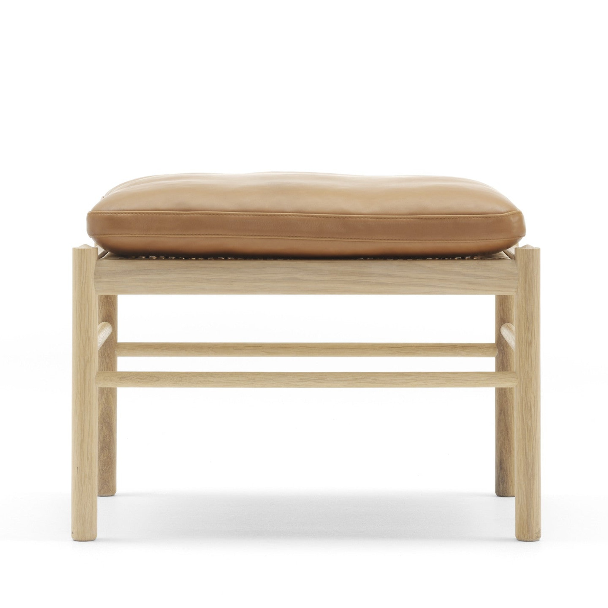 OW149-F Colonial Footstool by Carl Hansen & Søn