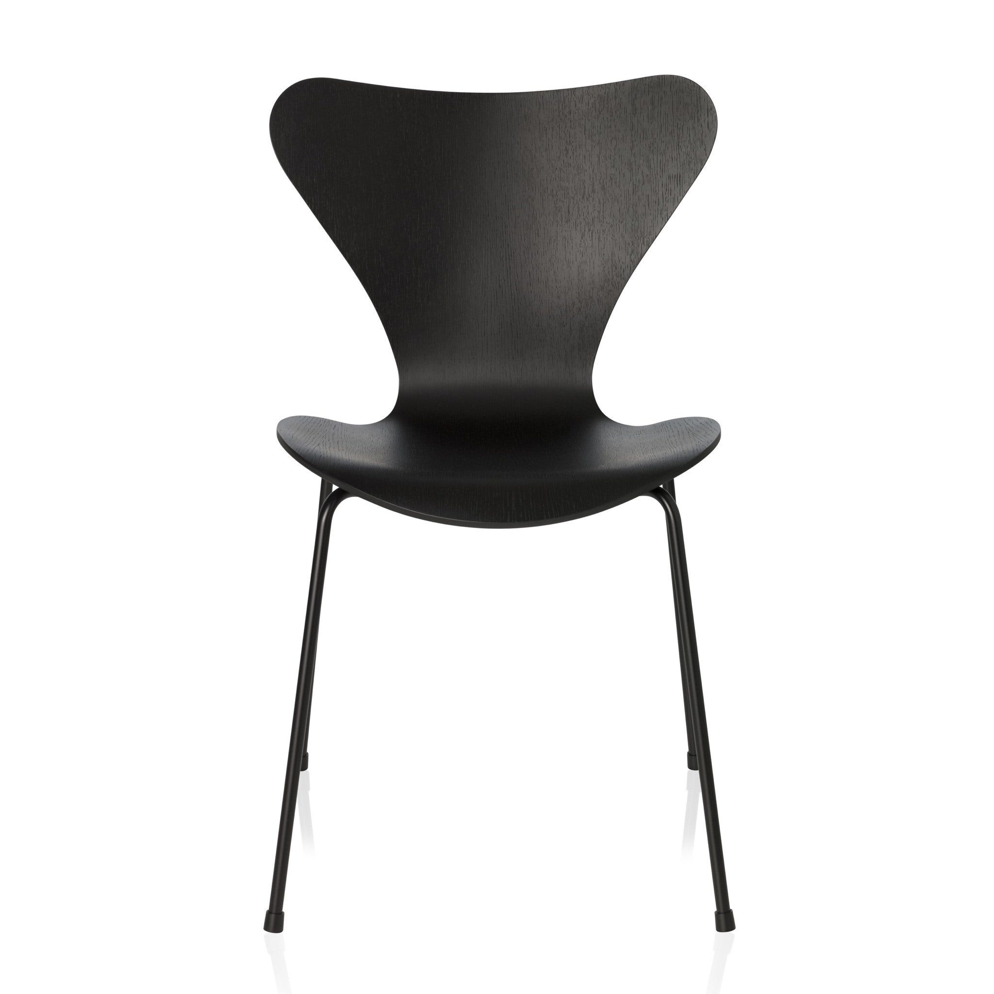 Series 7 Chair Monochrome by Arne Jacobsen