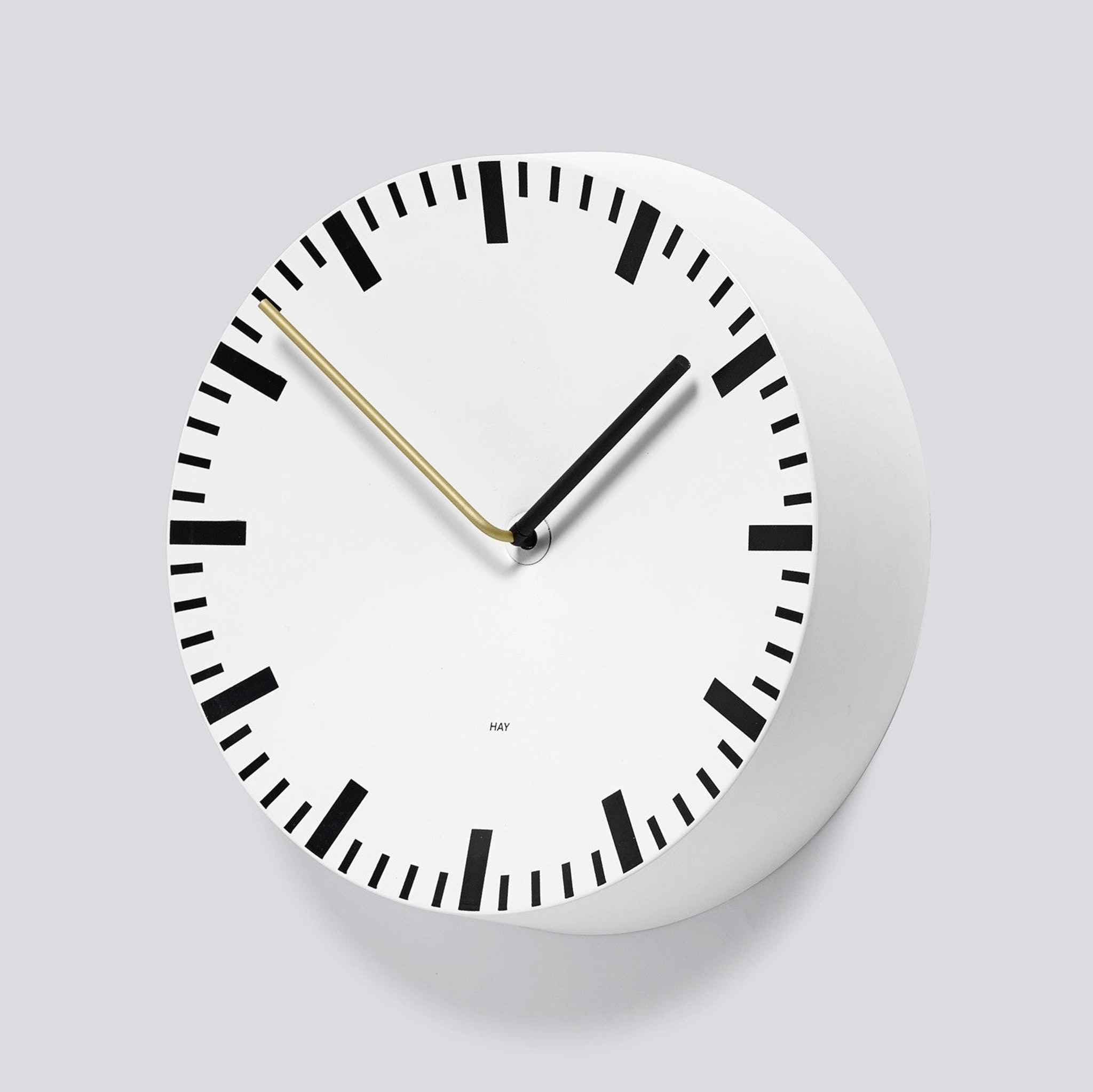 Analog Clock by Hay